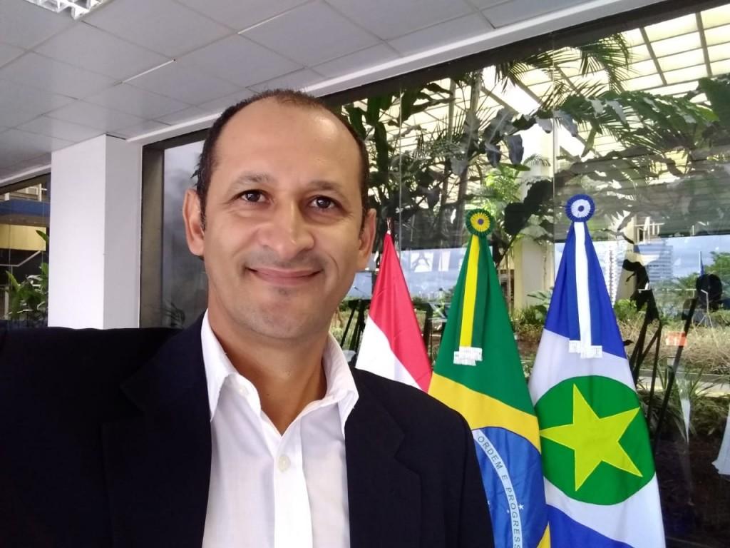 Renancildo Cutia em Cuiabá - Foto Álbum Pessoal.