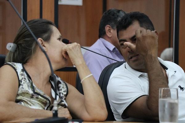 Vereadores Valdiníria Dutra e Elias Pereira entendem viabilidade dos Projetos - Foto Felipe Deliberaes