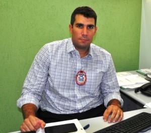 Delegado Diogo Santana é o responsável pelas investigações, junto a sua equipe.