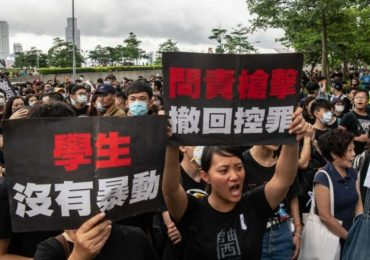 protestos-hong-kong-hino-cristao